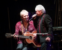 Guitarist/singer Graham Russell (L) and singer Russell Hitchcock