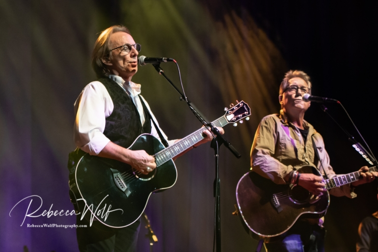 Gerry Beckley and Dewey Bunnell