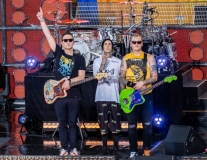 Mark-Hoppus-Travis-Barker-and-Matt-Skiba-015