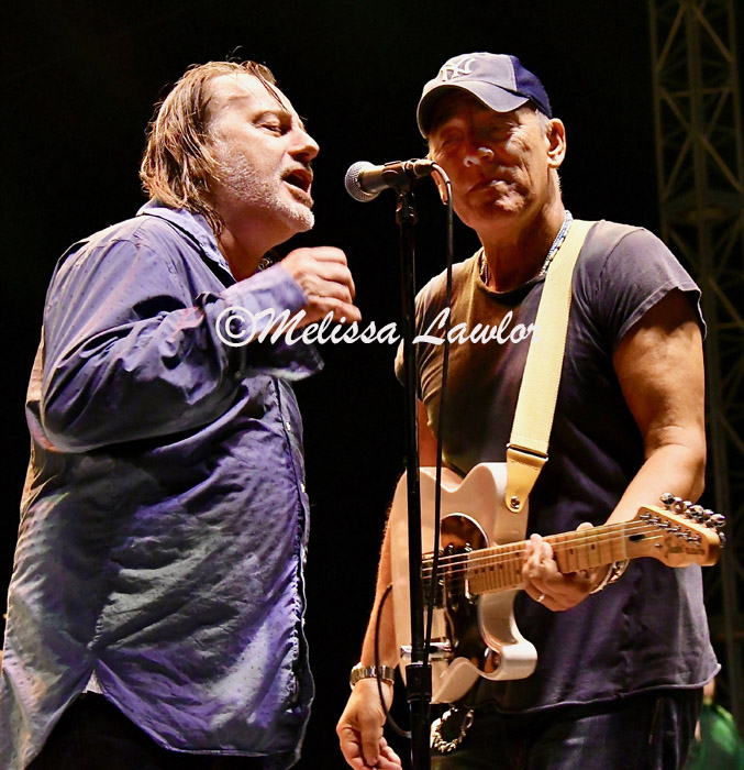 Southside-Johnny-and-Bruce-Springsteen-005