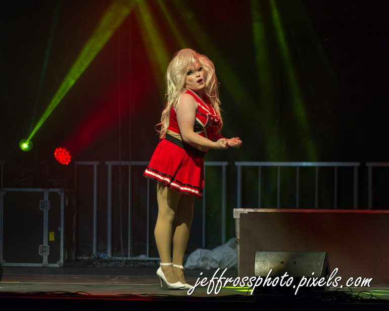 Drag Race at the Drive-In Ontario Place Toronto, Canada September 4th, 2020     The camera doesn't know or care that the hair is fake and the songs lip-synched. Additionally, the dance routines & pop music thrilled the near sell-out crowd even though I'd never heard most of the songs before (I recognized a Lady Gaga tune and heard WAP for the first time).   Virgo Queen, Tash Riot, Baby Bel Bel, Boa, and Lemon all performed their routines to the delight of both the crowd, and my camera.   https://www.instagram.com/thevirgoqueen.to/ https://www.instagram.com/tash_riot/ https://www.instagram.com/baby_bel_bel/ https://www.instagram.com/boathedragqueen/ https://www.instagram.com/lemongivesyoulife/