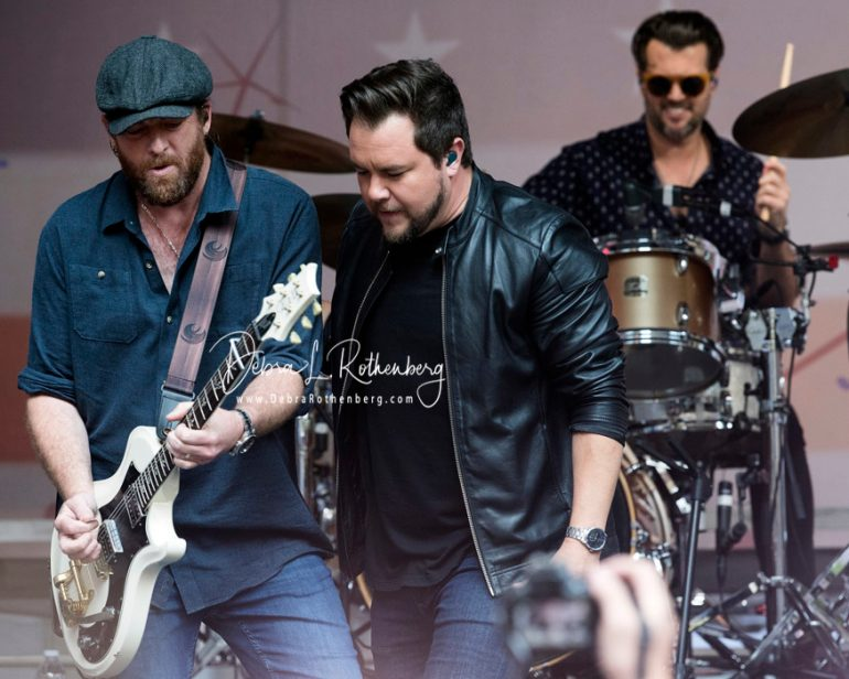 James-Young-Mike-Eli-and-Chris-Thompson-of-Eli-Young-Band-023