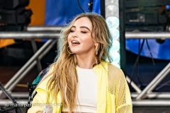 Sabrina-Carpenter-010-1
