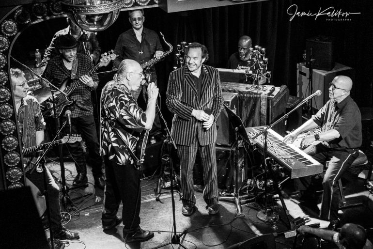 Don Harris, John Putnam, Dan Cipriano, Tony Garnier, Leon Pendarvis, Steve Cropper, Jonny Rosch, Paul Shaffer