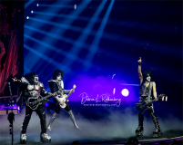Gene Simmons, Tommy Thayer, Paul Stanley