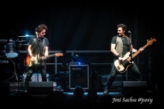 Willie Nile, Johnny Pisano