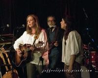Wolfe Island Records - Suzanne Jarvie, Chris Bennett