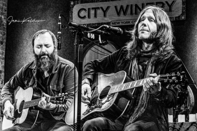 Blackberry Smoke Performing with Ida Mae