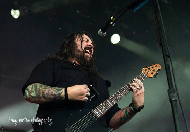 SEETHER BRINGS SOLD-OUT CROWD TO ITS FEET IN INDIANAPOLIS